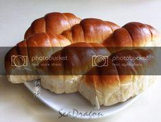 Overnight Soft Bun Dough (16-hour poolish version) 16小時冷藏液種麵糰   Corner Café Soft Buns Recipe, Bun Recipe, Corner Cafe, Hot Dog Buns, Bread Recipes, Rolls, Baking, Ethnic Recipes, Foodies