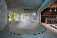 Skatepark, billard, bar... Voici la définition d'une cave de rêve
