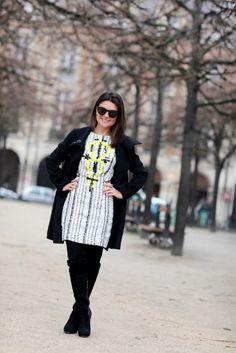 Durante esta semana de moda vamos contar com uma ajuda muito especial. As insiders dos blogs de street style já saberão quem ela é: a mais do que querida, super jornalista e fotógrafa Ana Clara Garmendia, dona do blog Moda Paris (leitura obrigatória para quem gosta do assunto) e colaboradora da Vogue está fazendo todas …