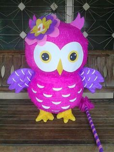 Piñata de Buho Mary Birthday, Owl Birthday Parties, Birthday Tutu, Ideas Para Fiestas, Classroom Displays, First Birthdays, Party Supplies, Party Themes, Diy Crafts