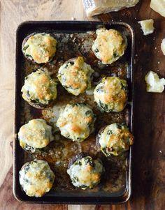 Spinach, Bacon + Artichoke Stuffed Portobellos I howsweeteats.com