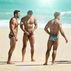Love sexy men wearing these bottoms <3 ipanema