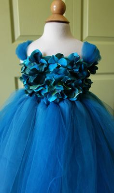 Flower girl dress Turquoise Blue tutu dress flower by FashionTouch #halloween #costume