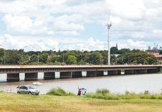 PONTE DAS GARÇAS sobre o Lago Paranoá, localizada na altura do Centro Comercial Gilberto Salomão, no Lago Sul