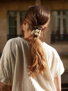 Hair is an important material primarily composed of protein, notably keratin. Hair care is your hair type. Your hair goals. Your favorite hair color Here you find all the possible methods to have perfect hair. Winter Hairstyles, Pretty Hairstyles, Easy Hairstyles, Girl Hairstyles, Halloween Hairstyles, Hairstyle Short, School Hairstyles, Natural Hairstyles, Curly Hair Styles