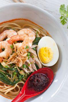 Prawn noodle, Hae mee prawn noodle egg Kang kong bean sprout ikan bills pork ribs chicken chilli shrimp paste ground chilli powder