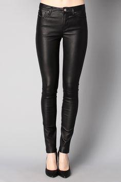 Pantalon cuir noir Skim Diesel sur MonShowroom.com