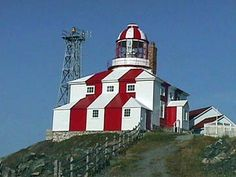 Cape Bonavista lighthouse was built in 1843 in the Canadian province of Newfoundland and Labrador. Newfoundland Canada, Newfoundland And Labrador, Candle On The Water, Lighthouse Pictures, Safe Harbor, Beacon Of Light, Covered Bridges, Light House, Castle