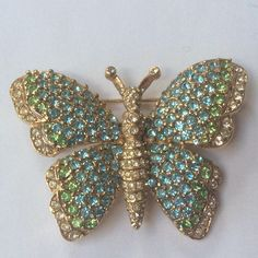 Hey, I found this really awesome Etsy listing at https://www.etsy.com/listing/579275787/charming-ciner-butterfly-brooch
