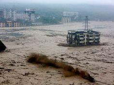 China - 10 de julio de 2013.Mueren 141 personas y 189 desaparecen tras las inundaciones y corrimientos de tierra registrados en China (provincias de Sichuan, Shaanxi, Shanxi y Gansu y en Mongolia Interior), que afectaron a 1,2 millones de personas. | Fuente: AFP | AFP