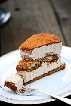 Tiramisu No-Bake Cheesecake. I love tiramisu and cheesecake. I just might have to try this for a special occasion.