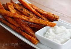 "Baked Chipotle Sweet Potato Fries   Gina's Weight Watcher Recipes   Servings: 2 • Serving Size: 1/2 • Old Points: 2 pts • Points+: 3 pts  Calories: 108 • Fat: 4.7g • Protein: 1.1 g • Carb: 15.8 g • Fiber: 2.0 g     1 sweet potato, (about 5"" long) peeled and cut into 1/4"" fries  2 tsp olive oil  sea salt  ground chipotle chile  garlic powder"