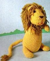 Rocky the lion - free pattern