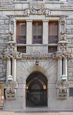 L'art nouveau à Helsinki : l'immeuble Pohjola by dalbera, via Flickr