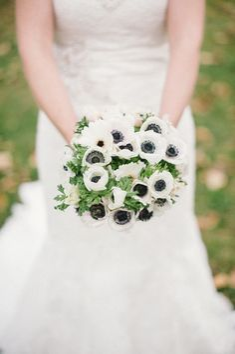white anemone bridal bouquet | photos by Mathias Fast | 100 Layer Cake