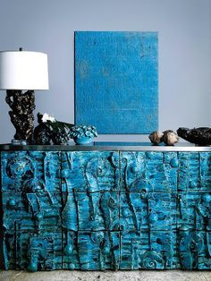 Sideboard… Designer: Peter Lane, photo by Billy Coleman for AD España Maio 2012 Unique Furniture, Painted Furniture, Furniture Design, Luxury Home Accessories, Deco Turquoise, Interior Inspiration, Design Inspiration, Furniture Inspiration, Design Ideas