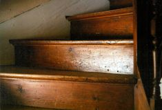 wood stairs at the cottage. Vie Simple, Wooden Stairs, Wooden Staircases, Staircase Diy, Narrow Staircase, Hardwood Stairs, Spiral Staircases, Stairways, Decoration