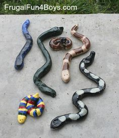 Make salt dough snakes! Even little kids can roll them out, and bigger ones enjo… Make salt dough snakes! Even little kids can roll them out, and bigger ones enjoy painting them to look like specific types of snakes. Crafts For Boys, Crafts To Do, Projects For Kids, Art For Kids, Party Crafts, Family Crafts, Kids Fun, Art Projects, Summer Activities