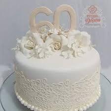 Resultado de imagem para bolos decorados tema adulto 60 anos