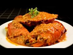 Singapore Chili Crab - WATCH VIDEO HERE -> http://singaporeonlinetop.info/food/singapore-chili-crab/    Chili Crab is one of Singapore national dish.  My recipe is only  slightly spicy.  If you like spicy food, double or tripe the chili in the recipe. Enjoy 😉 Chinese Chicken Stock ~ Ingredients: Crab                  1.5kg Onion                3 tbsp Garlic                2 tbsp Ginger           ...