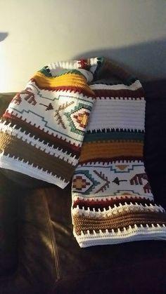 Crochet Navajo Afghan Pattern Intermediate Skill L Crochet Afghans, Crochet Quilt, Tapestry Crochet, Crochet Home, Vintage Crochet, Crochet Crafts, Knit Or Crochet, Crochet Stitches, Crochet Baby