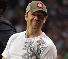 Donnie Wahlberg will always have a place in my heart!! What a sweetie!