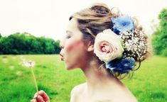 love a floral headpiece