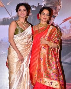 Kangana Ranaut's Manikarnika Trailer Launch Event Was A Majestic One. Bollywood Saree, Marathi Saree, Marathi Bride, Couple Wedding Dress, Blue Shades Colors, Fashion Vocabulary, Traditional Looks, Indian Designer Wear, Saree Collection