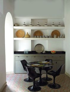 Weekend escape : A Moroccan Riad  -- Cute dining area for a small space
