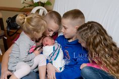 Laura Farris Photography: Boise newborn photographer : Gwen's 1st day