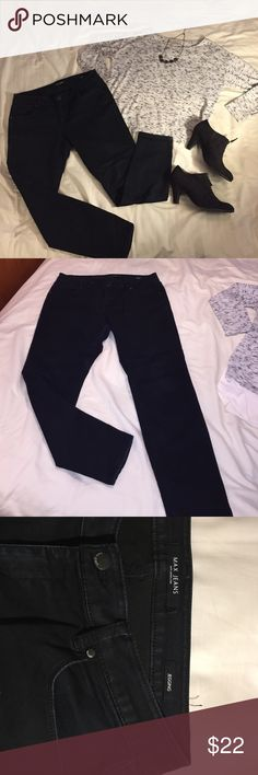 Max jeggings dark indigo size 14 Max jeggings dark indigo size 14. Great condition. Selling because I lost weight Max Studio Jeans Skinny