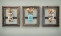 """Parece que os mason jars estão de volta! Não sabe o que são? São potes usados normalmente para conservar comida, mas que viraram febre e ganharam várias novas útilidades. Não sabe onde encontrar? Dá pra substituir facilmente por potes de palmito comum, sabe? Eles tem uma cara """"retro"""" e ficam lindos na decoração! Vem se …"""