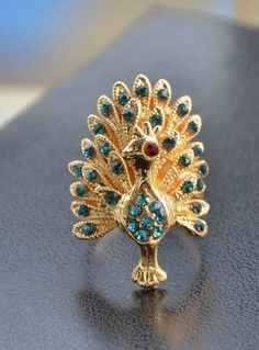 Bohemia wind peacock diamond ring