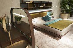 Fimes, Salone del Mobile 2017, Milano Vanity #bed #nightstand #bedroom #closet #slidingdoors #leafdoors #interiordesign #design #modern #contemporary #madeinitaly #salonedelmobile #fieradelmobile #isaloni #fieramilano #luxury #glamour #artdeco #fimes #dresser #tvunit #sofa #mirror #silver #gold #leather #glossy #swarovski #fimeshomedesign #homedesign #clay #bookcase #walkingcloset #cornerbed #isaloni2017 #ilsalonedelmobile2017 #milanodesignweek2017