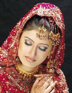 How To Do Asian Bridal Makeup Wedding Make Up Indian Eye