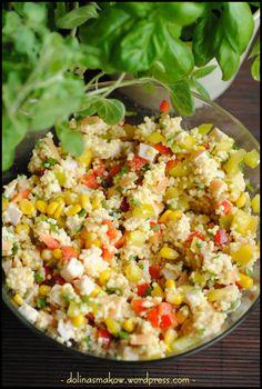 sałatka z kaszą jaglaną i wędzonym kurczakiem Salad Recipes, Snack Recipes, Healthy Recipes, Chicken Egg Salad, Appetizer Salads, Appetizers, Rice Salad, Food Salad, Polish Recipes