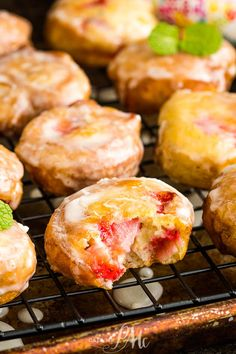 Highly addictive, Glazed Strawberry Fritters are crispy on the outside while being soft, fluffy, and loaded with strawberries on the inside. #recipe #fritters #strawberry #donut #doughnut #recipe #dessert #breakfast #homemade Summer Dessert Recipes, Fun Desserts, Scones, Good Food, Yummy Food, Strawberry Recipes, Strawberry Cakes, Strawberry Shortcake, Baking Recipes