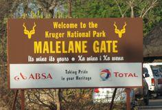 Waktu kecil,saya pernah membaca cerita tentang Kruger National Park di buku koleksi bapak dan saya berharap suatu saat bisa ke sana....