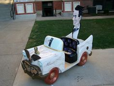 "Pontiac, Illinois, ""Lincoln"" car by kevystew, via Flickr"