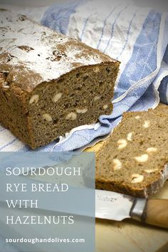 Sourdough bread with plenty of rye, hazelnuts, and some honey. This is a characteristic bread that lets all tastes stand out. Sourdough Rye Bread, Olives, Bread Recipes, Honey, Tasty, Baking, Bakken, Bakery Recipes, Backen