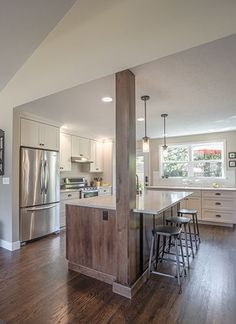 Into The Great Wide Open – Strite design + remodel Open Kitchen And Living Room, Home Decor Kitchen, Kitchen Ideas, Beach House Kitchens, Home Kitchens, Kitchen Columns, Kitchen Island Ideas With Columns, Raised Ranch Kitchen, Casa Rock