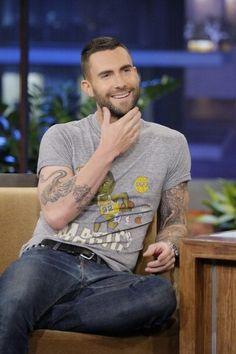 Adam Levine of maroon 5 Maroon 5, Adam Levine Haircut, The Voice, Celebrity Dresses, Celebrity Babies, Tumblr, Haircuts For Men, Man Crush, Celebrity Crush
