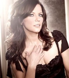 Martina Mcbride.  Mikel Cain Enterprise  Celebrity HAIR | MUA in Atlanta, GA