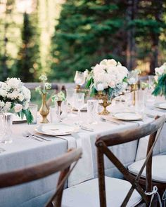 La Tavola Fine Linen Rental: Tuscany Natural | Photography: Heather Payne…