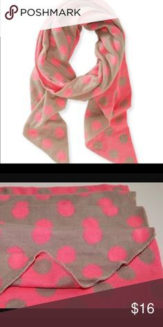 EUC Aeropostale Winter scarf... Reversible! Very pretty and warm scarf from Aeropostale. This is a hot/neon pink and tan scarf that is very trendy, reversible and eye catching! Get it before it's gone! Aeropostale Accessories Scarves & Wraps