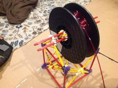 Amateur Designer Uses K'NEX Kit to Create a Cheap 3D Printing Filament Spool Holder - http://3dprint.com/38281/knex-filament-spool-holder/ …