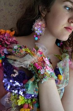 Wrist wrap cuff bracelet or belt (for small size) romantic bold cuff beaded embroidered gypsy mori girl art to wear bracelet Cuff bracelet made on a felt base and covered with soft printed tulle. Embellished with: Quartz solar-painted magenta with galvanized gold edges, crystal briolette , vintage beaded trims,crystals,glass pearls,semiprecious stones,hand painted bronze metallic elements, silk flowers,toho beads,satin mini flowers.With hand beaded/embroidery work. For small size can b...