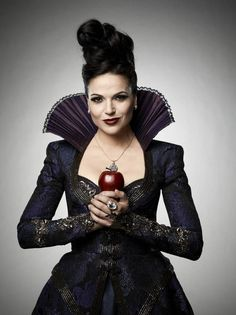 The Evil Queen ~my other personality :)