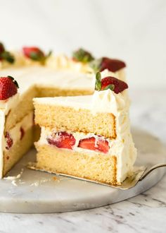 An exceptional, classic Vanilla Sponge Cake made with basic pantry staples. Tender crumb, moist, keeps well for 3 days. Slightly adapted from a Cook Sponge Cake Recipes, Best Cake Recipes, Sweet Recipes, Healthy Recipes, Creme Patisiere, Best Vanilla Cake Recipe, Donuts, Vanilla Sponge Cake, Recipetin Eats