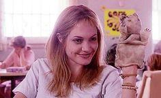 Lisa Rowe (Angelina Jolie - Girl, Interrupted)
